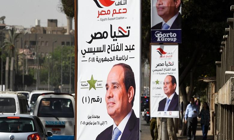 Sissi réélu avec plus de 90% des voix, selon les premières estimations