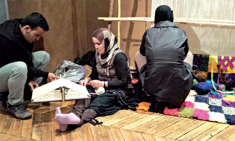 Les projets relatifs aux activités génératrices de revenus ont contribué à la création de 400 postes d'emploi et bénéficié à 1.826 personnes, dont 469 femmes.