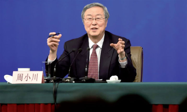 Le gouverneur sortant de la Banque centrale chinoise appelle à une ouverture «plus audacieuse» de l'économie du pays au reste du monde.