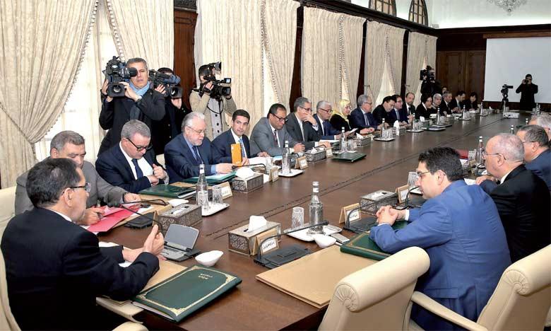 La signature par le Maroc de l'accord instituant la zone de libre-échange continentale africaine (ZLECA) constitue un couronnement du retour du Royaume au sein de l'Union africaine (UA), a souligné, jeudi à Rabat, le Chef du gouvernement, Saâd Eddine El Othmani.