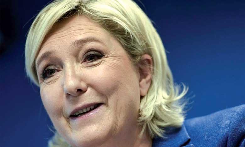 La présidente d'un parti d'extrême droite inculpée pour diffusion d'images d'exactions commises par le groupe EI