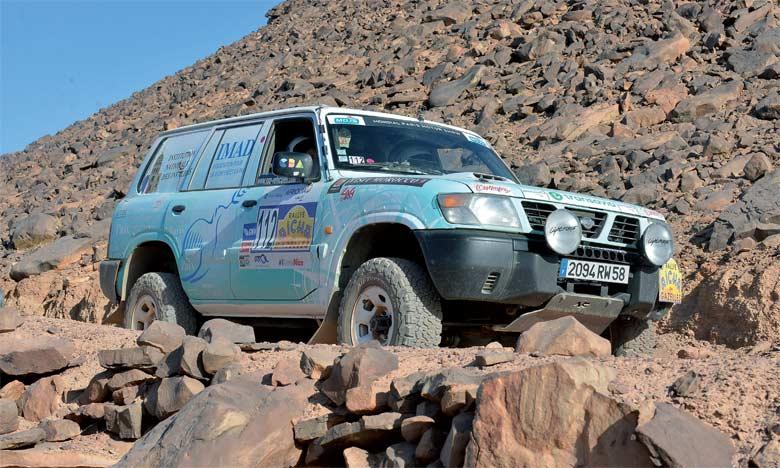 La 28e édition du Rallye Aïcha des Gazelles connaît la participation, pour la première fois, d'une Gazelle chinoise, Chen Yun Z. Ph. Saouri