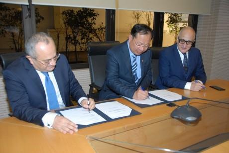 Signature d'une convention entre la China Development Bank et BMCE Bank of Africa