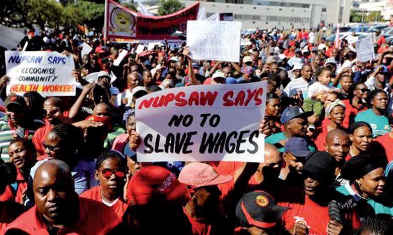 La grève de mercredi intervient dans une conjoncture difficile pour ce pays, comptant parmi les plus industrialisés du continent africain