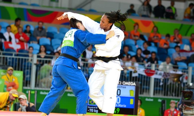 Les athlètes marocains composés de 17 judokas ont remporté 10 médailles, 4 en or, 3 argents et 3 bronzes, au palais des sports d'El Menzah, lors des championnats d'Afrique. Ph : MAP