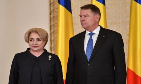 Le président Iohannis exige la démission de la Première ministre
