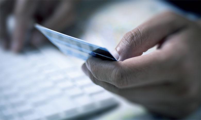 Le développement des sites de vente en ligne, moyennant paiement à la livraison et garantie de remboursement en cas d'insatisfaction, décourage plus d'un à adopter le mode de paiement en ligne.                                                                                                                                                                                                              Ph. Fotolia