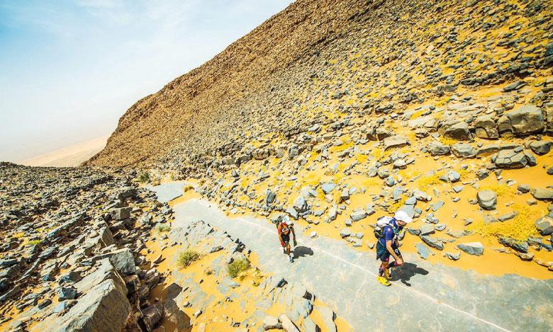 Le point d'orgue de cette deuxième étape a été l'ascension  et la descente de la montagne El Otfal.                               Ph. MDS