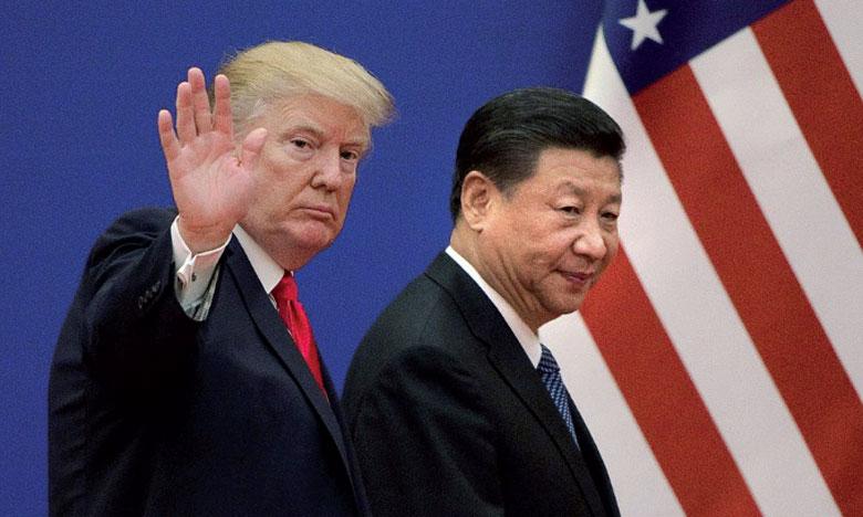 Ces mesures font suite à plusieurs semaines de tensions bilatérales, qui alimentent la crainte d'un conflit commercial ouvert entre les deux géants économiques mondiaux.