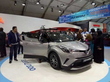 Le SUV hybride C-HR vole la vedette au stand Toyota