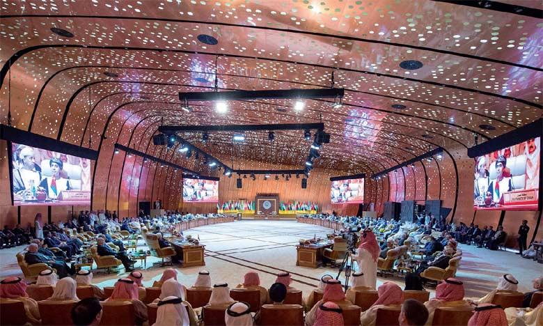 Nasser Bourita : Le Sommet de Dhahran a mis en avant le rôle  et la vision de S.M. le Roi Mohammed VI pour l'action arabe commune