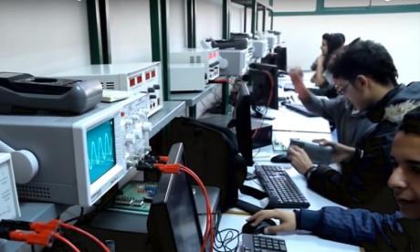 «SmartiLab» EMSI décroche la médaille d'or dans la catégorie «Protection de l'environnement-énergies»