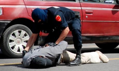 Arrestation d'un individu pour son implication présumée dans de multiples affaires d'escroquerie