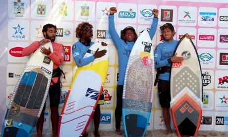 L'Italien Airton Cozzolino champion du  Kitesurf à Dakhla