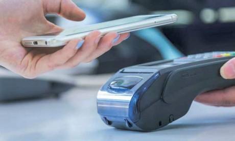 L'interopérabilité est la capacité qu'ont les usagers à échanger de l'argent via des solutions offertes par différents fournisseurs/acteurs de paiement mobile.