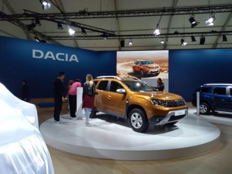En exclusivité à l'Auto Expo... le nouveau Dacia Duster