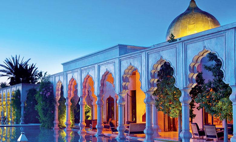 Namaskar dispose de 41 unités et un total de 48 chambres incluant des suites, des villas et des palais équipés de plunge pools, de piscines privées chauffées à 27º à l'air libre et proposant les services d'un majordome.
