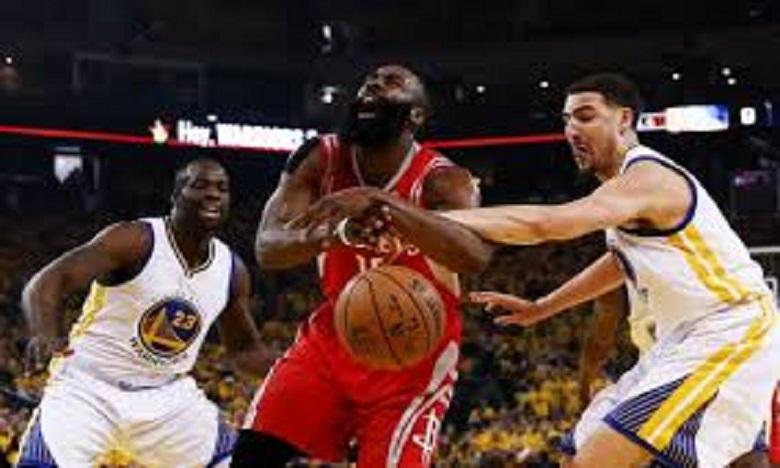 NBA: Houston domine le champion en titre Golden State