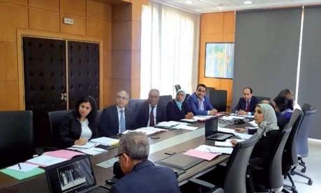 Approbation de projets de renforcement des capacités humaines en matière de santé et de finances publiques