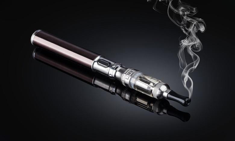 Floride: Un homme tué dans l'explosion de sa cigarette électronique