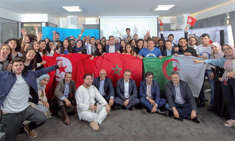 À l'issue de la compétition, ce sont trois équipes, une de chaque pays participant à ce programme, qui ont réussi à décrocher le prix de meilleur projet.
