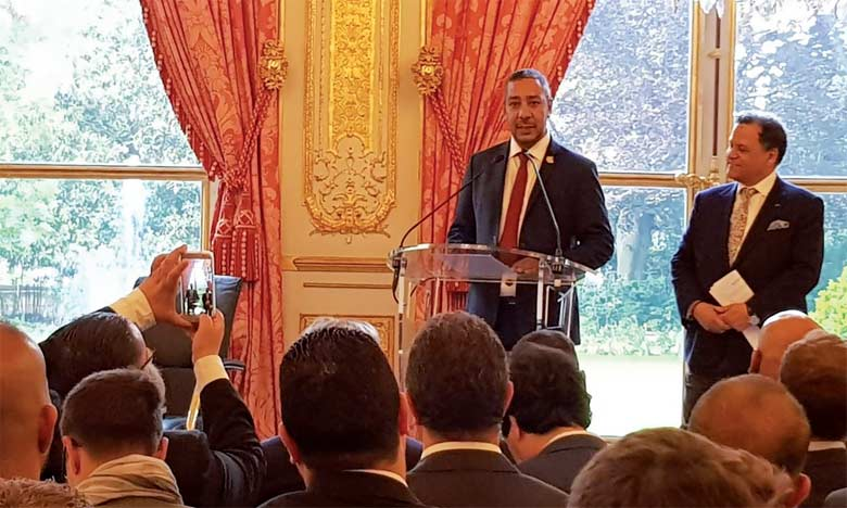 Mustapha Laabid, président du groupe d'amitié France-Maroc, s'exprimant lors de la soirée européenne en soutien à la candidature du Maroc.