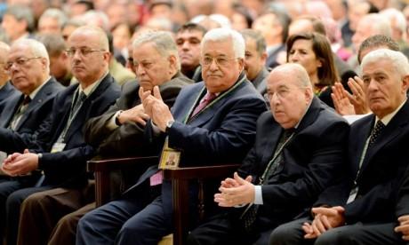 Le Président Mahmoud Abbas réélu à la tête de l'OLP