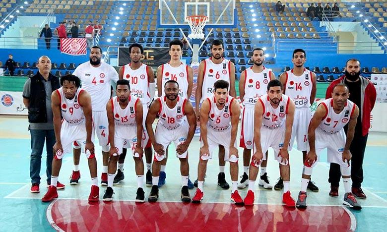 11e titre de la Coupe du Trône de basket-ball 2017-2018 messieurs, le 5e consécutif pour l'AS Salé aux dépens du Moghreb de Fès sur un score serré 87-59. Ph : DR