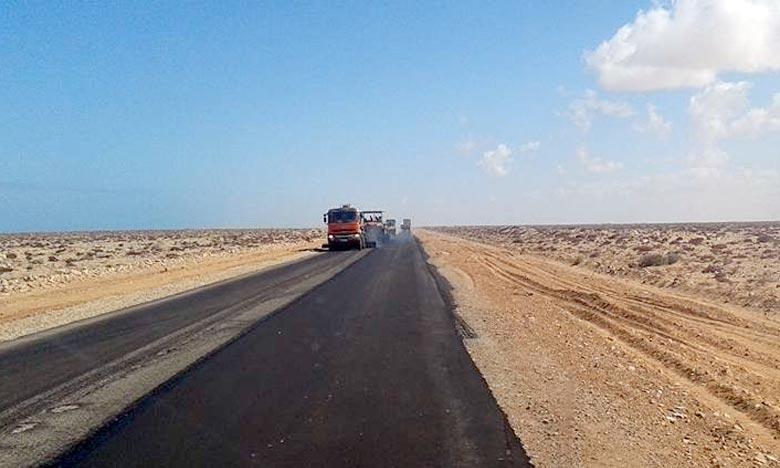 Les usagers de la route informés que la circulation sera coupée sur la RN n° 1 reliant Lakhssas et Tagant à travers Bouizakarne dans la Province de Guelmim. Ph : DR