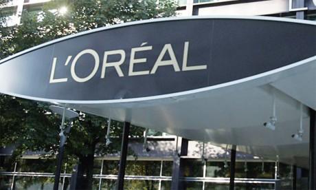 L'Oréal produit déjà les parfums de Lancôme, Saint Laurent et Armani.