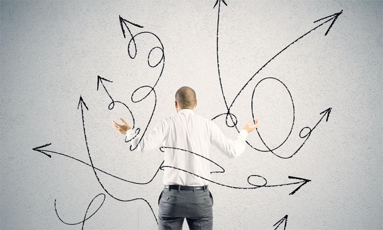 Le manager doit prendre des initiatives pour réintégrer le collaborateur indécis et le pousser à travailler sur lui-même, à prendre des initiatives et à assumer ses responsabilités.