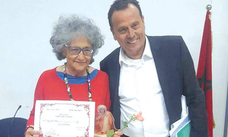 Le Prix Averroès décerné  à Manuela Pashi d'Italie