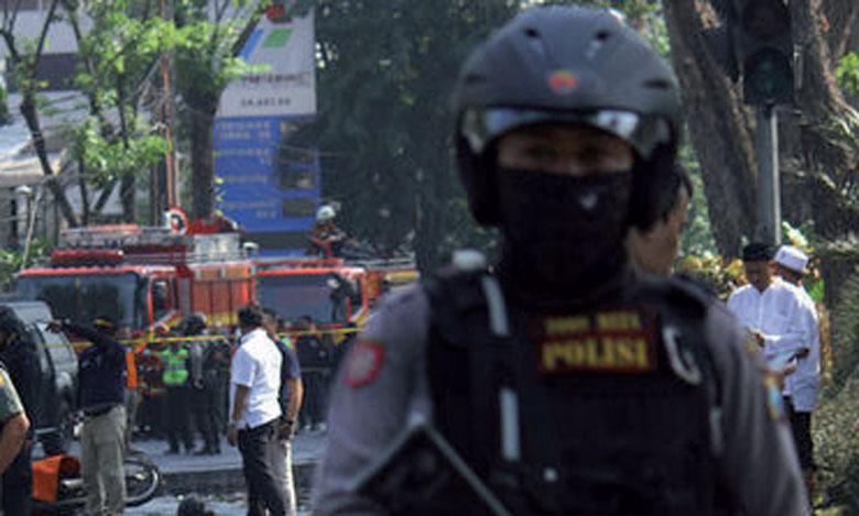 Neuf morts et 40 blessés  dans des attaques perpétrées contre trois églises