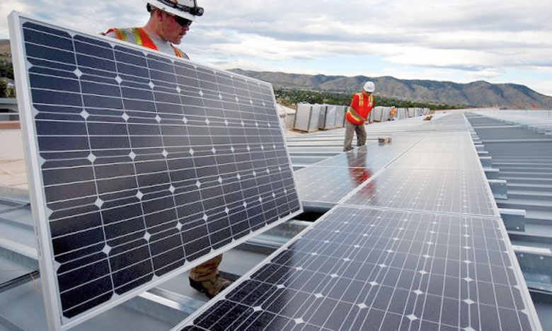 Selon l'OIT, 2,5 millions d'emplois seront créés dans l'électricité générée à partir d'énergies renouvelables, contrebalançant quelque 400.000 emplois perdus dans la production basée sur les combustibles fossiles. Ph. DR