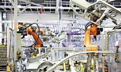 Baisse de la production industrielle française en mars