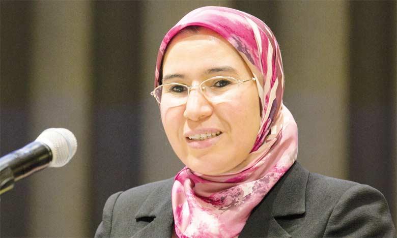 La secrétaire d'État, Nazha El Ouafi, a rappelé que la pollution de l'air coûte annuellement au Maroc 9,7 milliards de dirhams, soit 1,05% du produit intérieur brut.  Ph. DR