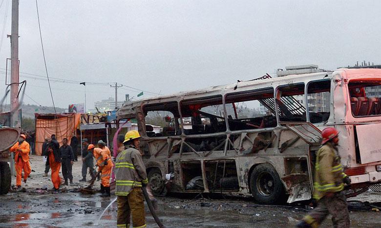Un attentat déjoué fait 16 morts