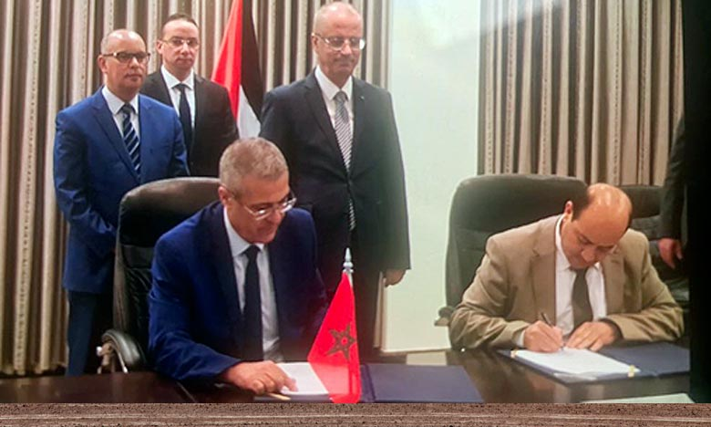 Le texte paraphé vise à approfondir la coopération maroco-palestinienne dans les secteurs de la réforme administrative et de la fonction publique ainsi qu'en matière des techniques de la gestion des ressources humaines. Ph : MAP