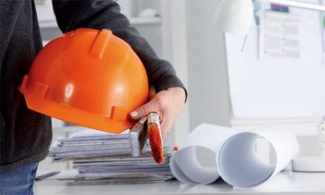 La particularité du secteur de l'immobilier c'est qu'il regroupe une panoplie de métiers tous indispensables et complémentaires.