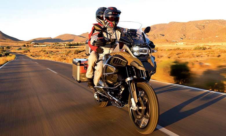 Rassemblement international de passionnés de motos dans la ville de Saïdia