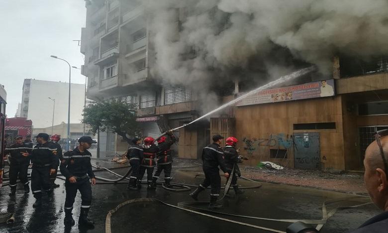 Un incendie ravage un immeuble à Casablanca