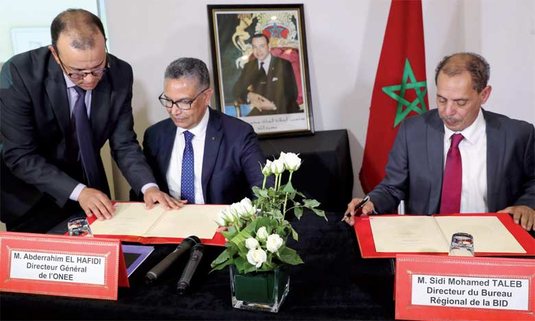 L'ONEE et la BID signent un accord pour l'électrification rurale en Afrique