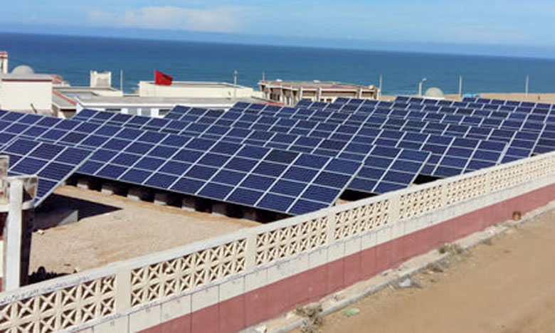 La station hybride installée produit 233.000kWh par an.