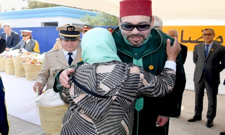 S.M. le Roi Mohammed VI lance à Salé l'opération  nationale de soutien alimentaire «Ramadan1439»