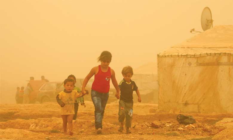 Les tempêtes de sable et de poussière sont des phénomènes météorologiques qui surviennent lorsque des vents soulèvent dans l'atmosphère de grandes quantités de sable d'un sol sec et nu. Ph. DR