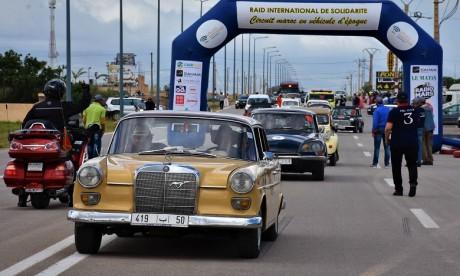 L'Automobile Club du Maroc et la FRMVE à la rencontre des enfants de l'Oriental, en hommage à Feu Mohamed M'jid