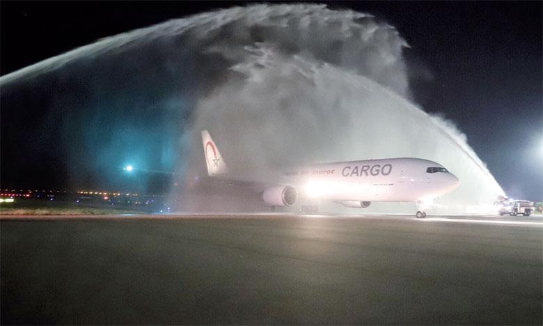 Royal Air Maroc table sur 4 tout-cargo à terme