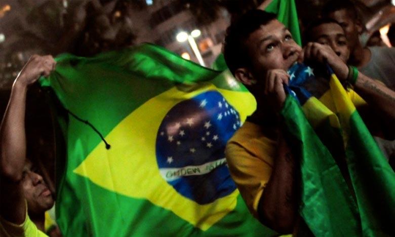 Près de 30.000 supporters étaient présentes dans le Mineirão pour assister à la victoire du Brésil 2 à 0 contre la Serbie à Moscou.