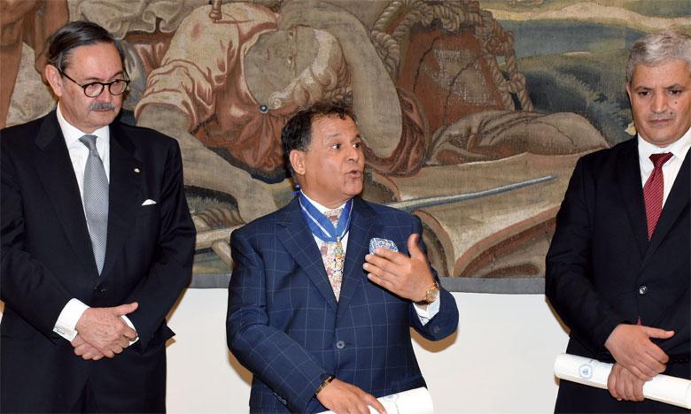 Mehdi Qotbi et Abdelaziz El Idrissi décorés par le Roi d'Espagne Felipe VI