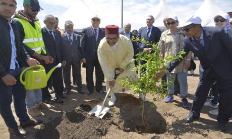 Lancement des  premières plantations du parc central de l'Eco-Cité Zenata